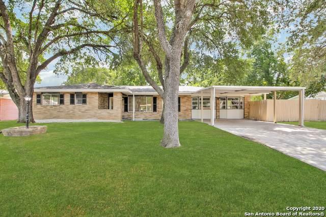 4706 Winneway Dr, San Antonio, TX 78222 (#1479843) :: The Perry Henderson Group at Berkshire Hathaway Texas Realty