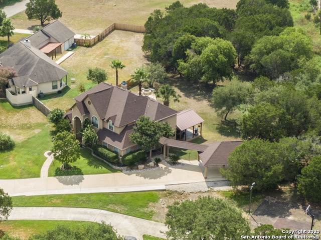 17 Horseshoe Ct, New Braunfels, TX 78132 (MLS #1481112) :: BHGRE HomeCity San Antonio