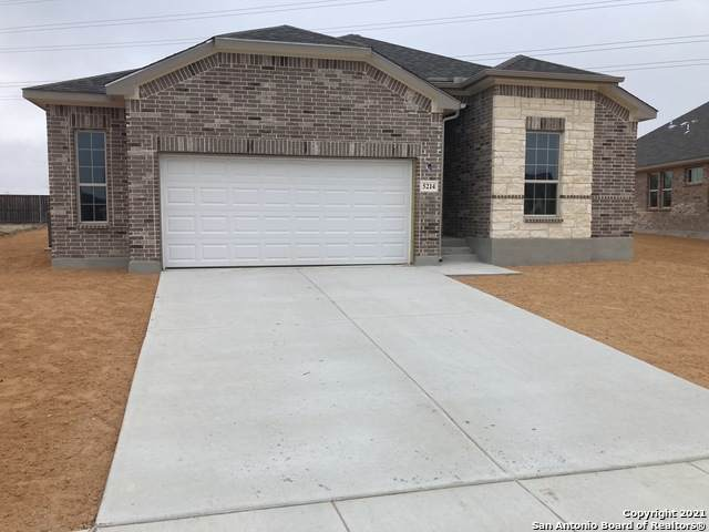 5214 Village Park, Schertz, TX 78124 (MLS #1495456) :: Santos and Sandberg