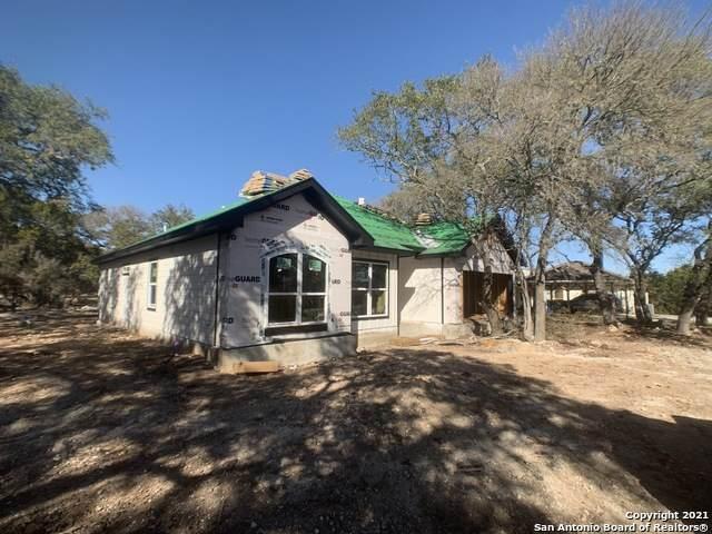 140 Sunnyside Ct, Spring Branch, TX 78070 (MLS #1496017) :: BHGRE HomeCity San Antonio