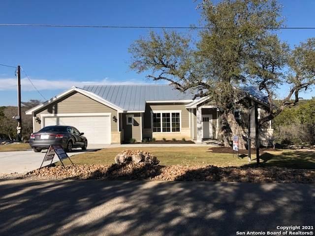 9050 Rebecca Creek Rd, Spring Branch, TX 78070 (MLS #1498289) :: Concierge Realty of SA