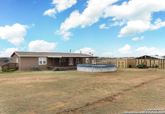 167 County Road 158, Floresville, TX 78114 (MLS #1503880) :: Neal & Neal Team