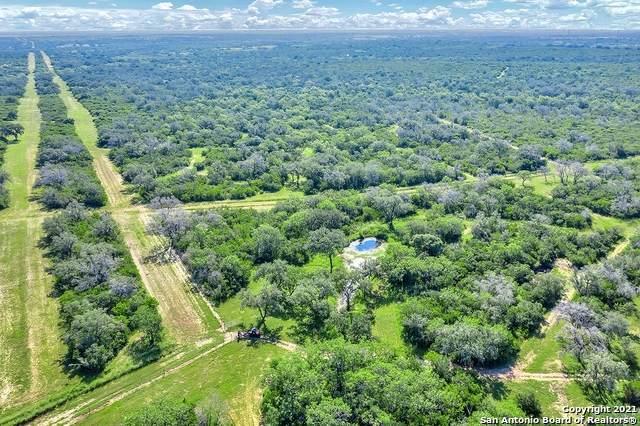 9286 Fm 2617, Pettus, TX 78146 (MLS #1518795) :: 2Halls Property Team | Berkshire Hathaway HomeServices PenFed Realty