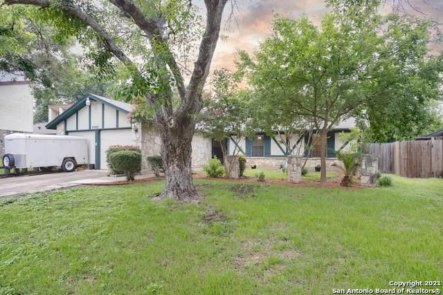 8907 Ridge Hollow St, San Antonio, TX 78250 (MLS #1527680) :: Beth Ann Falcon Real Estate