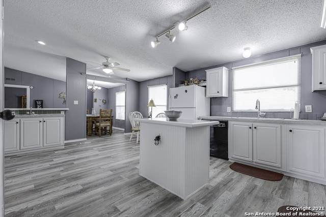 114 Indian Hills Dr, Kerrville, TX 78028 (MLS #1542104) :: Carter Fine Homes - Keller Williams Heritage