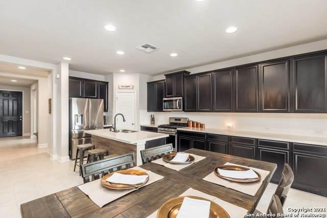 230 Wickersham, Boerne, TX 78015 (MLS #1542964) :: Alexis Weigand Real Estate Group