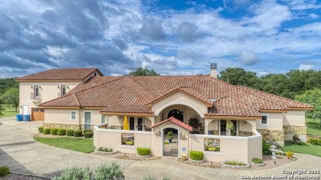 8208 Lammtarra Cir, Fair Oaks Ranch, TX 78015 (MLS #1543453) :: The Lopez Group