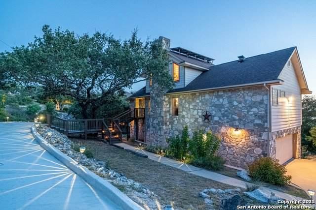 1136 Cougar Dr, Canyon Lake, TX 78133 (MLS #1557060) :: Beth Ann Falcon Real Estate