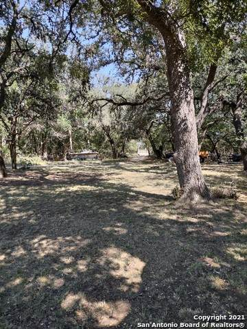 1526 State Highway 173 S, Bandera, TX 78003 (MLS #1561134) :: Real Estate by Design