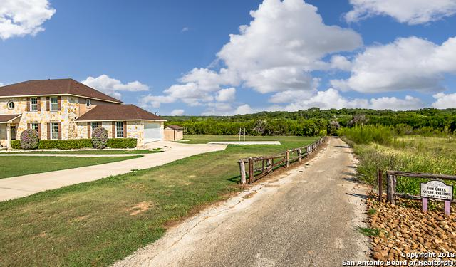 753 Caballo Trail, Canyon Lake, TX 78133 (MLS #1328427) :: Erin Caraway Group