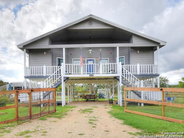 1135 Enchanted River Dr, Bandera, TX 78003 (MLS #1339024) :: Erin Caraway Group