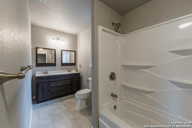601 Avenue E, Poteet, TX 78065 (MLS #1351953) :: Alexis Weigand Real Estate Group