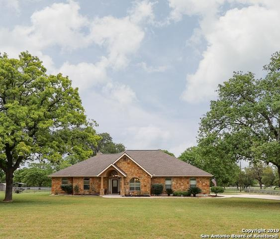 249 Vintage Ranch Circle, La Vernia, TX 78121 (MLS #1374953) :: Erin Caraway Group