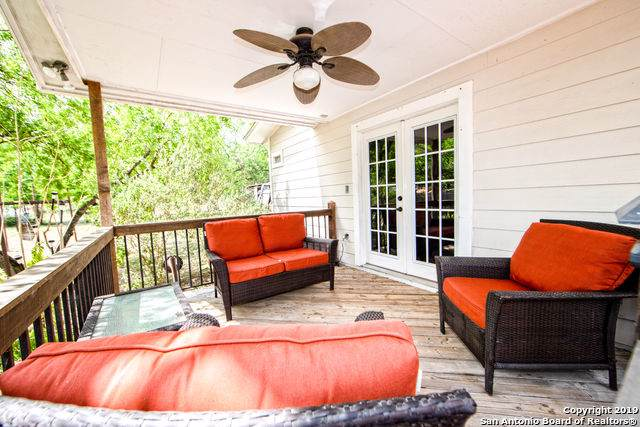 910 Austin St, Pleasanton, TX 78064 (MLS #1375559) :: Exquisite Properties, LLC