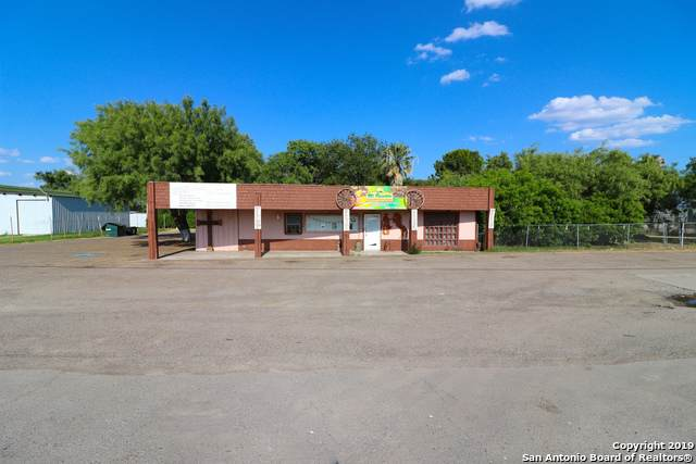 1720 Del Rio Blvd, Eagle Pass, TX 78852 (MLS #1390545) :: Concierge Realty of SA