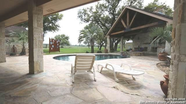 125 Miller Cove, La Vernia, TX 78121 (MLS #1448244) :: The Heyl Group at Keller Williams