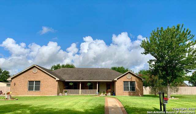 1333 Continental Dr, Pleasanton, TX 78064 (MLS #1464307) :: Alexis Weigand Real Estate Group