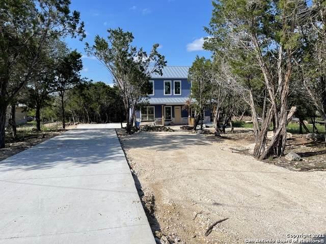 106 Roaring Creek Dr, Boerne, TX 78006 (MLS #1505181) :: Beth Ann Falcon Real Estate
