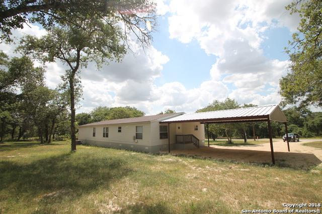 84 Post Oak Rd, La Vernia, TX 78121 (MLS #1296630) :: Neal & Neal Team