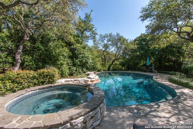 308 Post Oak Way, Shavano Park, TX 78230 (MLS #1302424) :: Erin Caraway Group