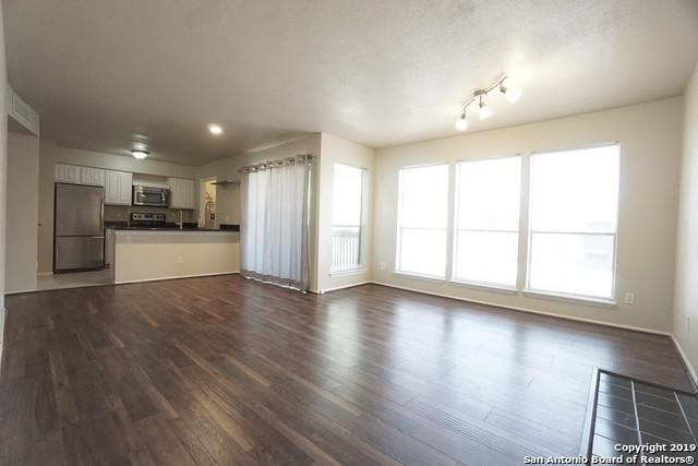 8020 Braesmain Dr #2002, Houston, TX 77025 (MLS #1383992) :: Exquisite Properties, LLC