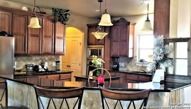 5740 Lower Seguin Rd, Cibolo, TX 78108 (MLS #1500273) :: Carolina Garcia Real Estate Group