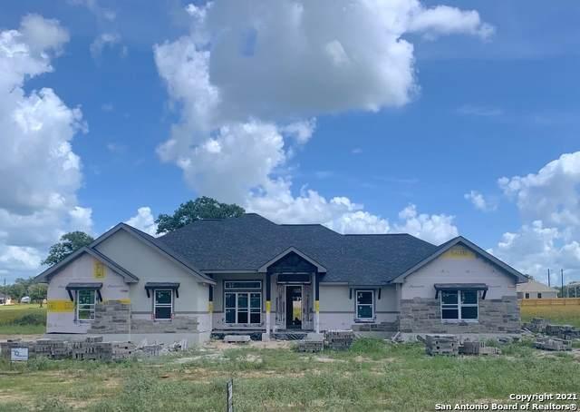 213 Cibolo Way, La Vernia, TX 78121 (MLS #1518493) :: Carter Fine Homes - Keller Williams Heritage