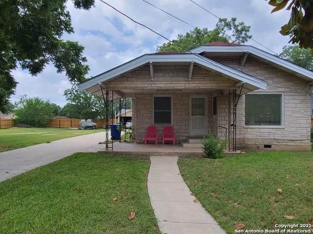 2927 Hollyhill, San Antonio, TX 78222 (MLS #1535722) :: Santos and Sandberg