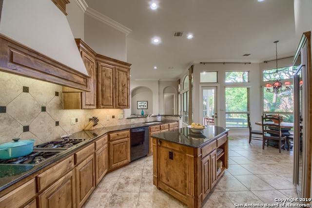 422 Hampton Way, Shavano Park, TX 78249 (MLS #1375698) :: Exquisite Properties, LLC