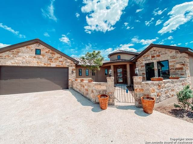 284 Hannah Ln, Boerne, TX 78006 (MLS #1444041) :: REsource Realty