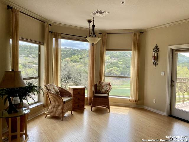 20 Tapatio Dr E #105, Boerne, TX 78006 (MLS #1486700) :: Carter Fine Homes - Keller Williams Heritage