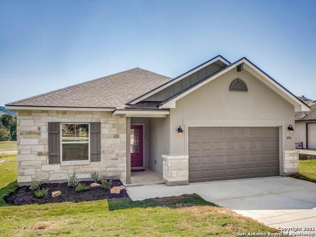 496 Shayla Ln, Canyon Lake, TX 78133 (MLS #1547064) :: Beth Ann Falcon Real Estate