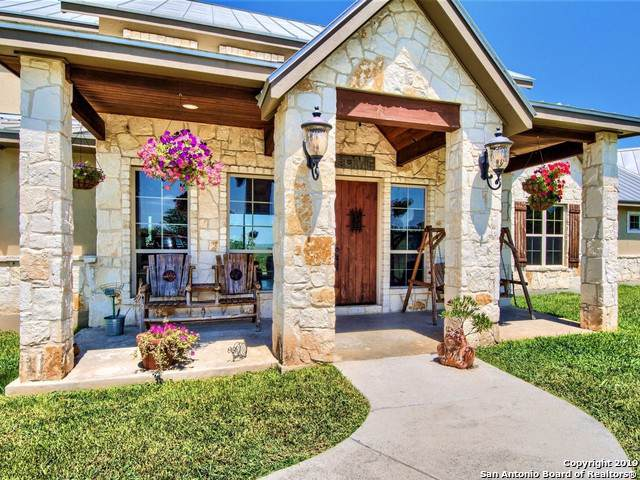 32838 Stahl Ln, Bulverde, TX 78163 (MLS #1397972) :: BHGRE HomeCity