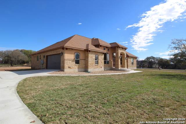 100 Hannah Dr, Adkins, TX 78101 (MLS #1442456) :: The Mullen Group | RE/MAX Access