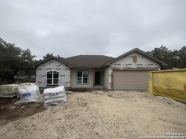 180 Sunnyside Ct, Spring Branch, TX 78070 (MLS #1495777) :: The Rise Property Group