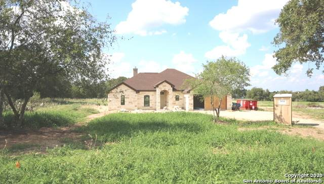 116 Hickory Run, La Vernia, TX 78121 (MLS #1469698) :: Carolina Garcia Real Estate Group