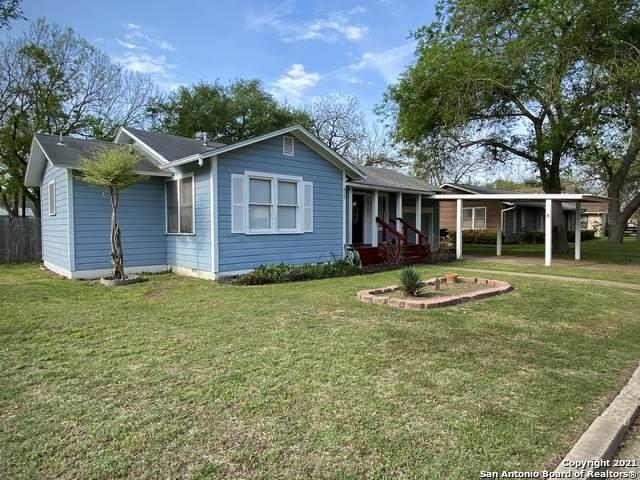 815 E Humphreys St, Seguin, TX 78155 (MLS #1517949) :: Vivid Realty