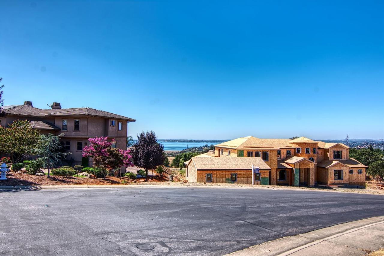 2931 Capetanios Drive - Photo 1