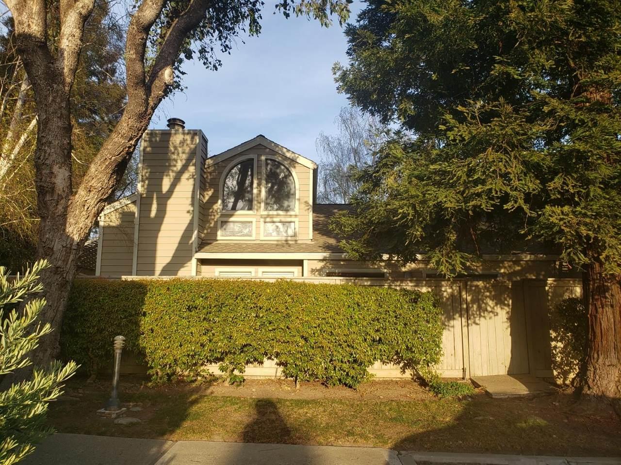 2039 Cedar Ridge Drive - Photo 1