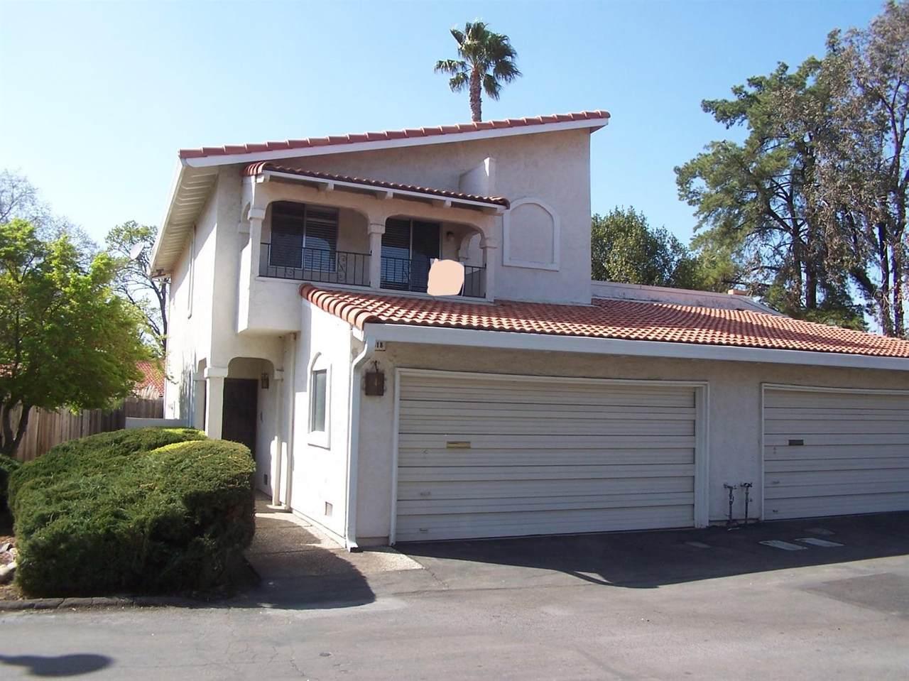 7318 Villa Del Sol Lane - Photo 1