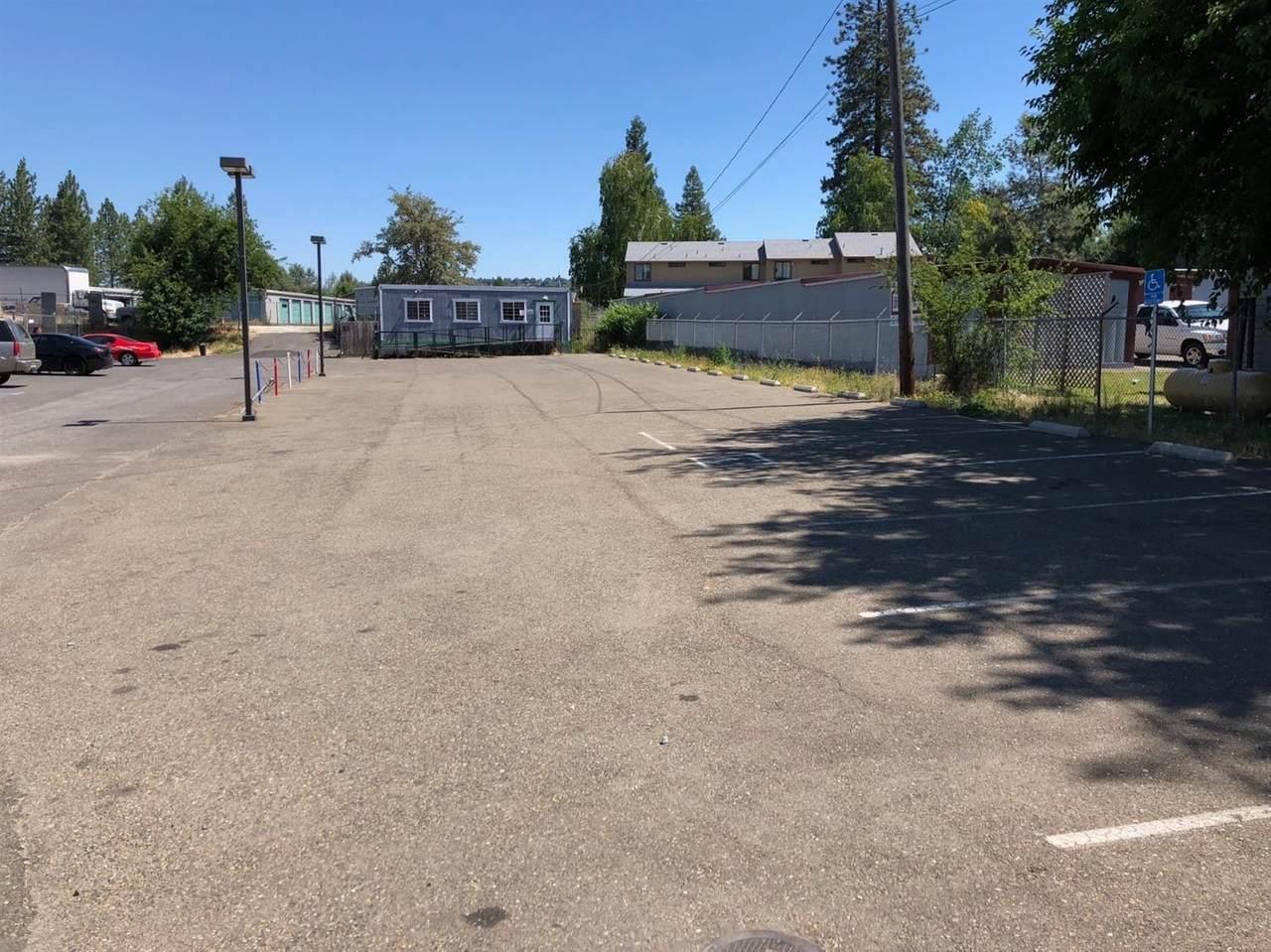 711 Pleasant Valley Road - Photo 1