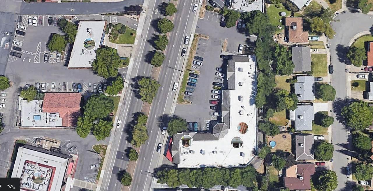 5635 Freeport Boulevard - Photo 1