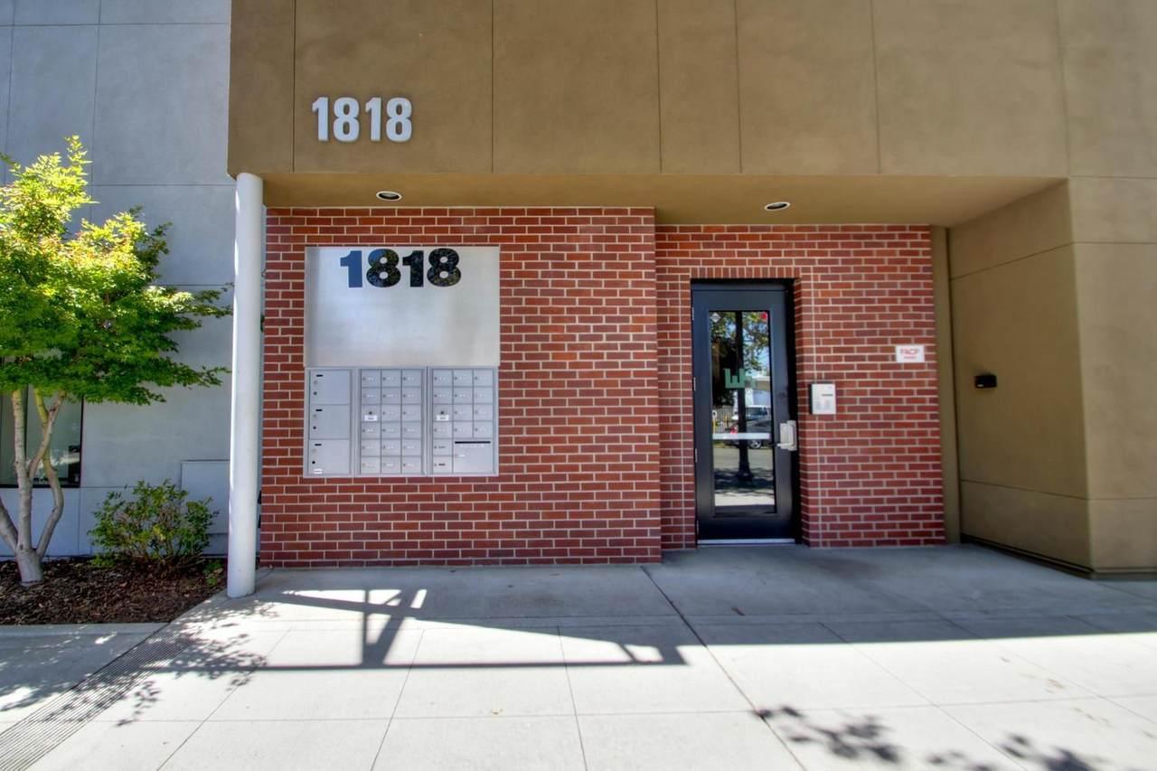 1818 22nd Street - Photo 1
