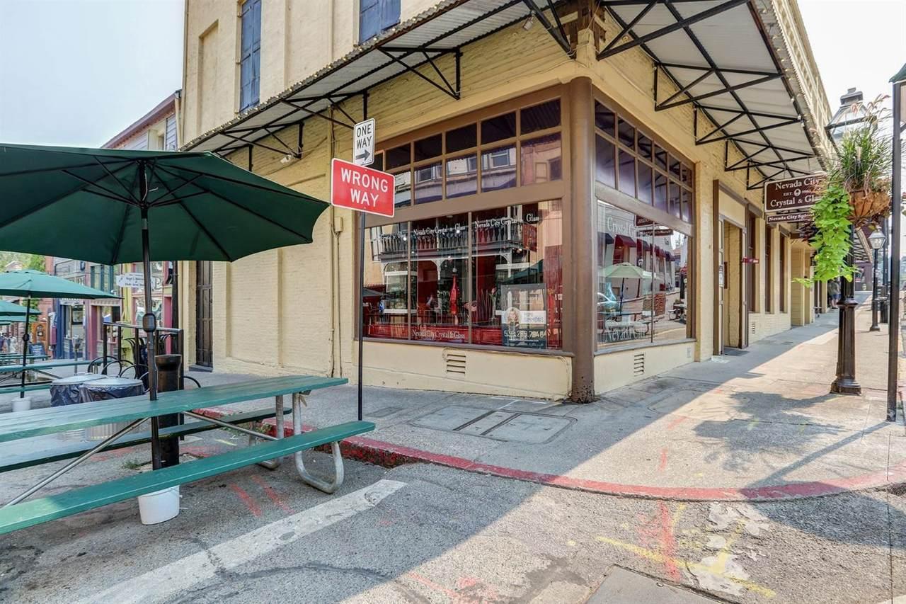 110 N Pine Street - Photo 1