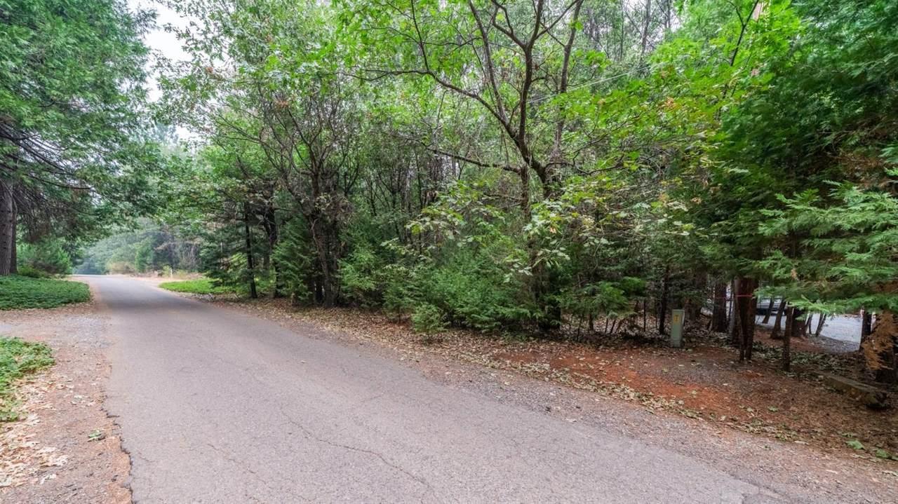 18 Timberland Drive - Photo 1