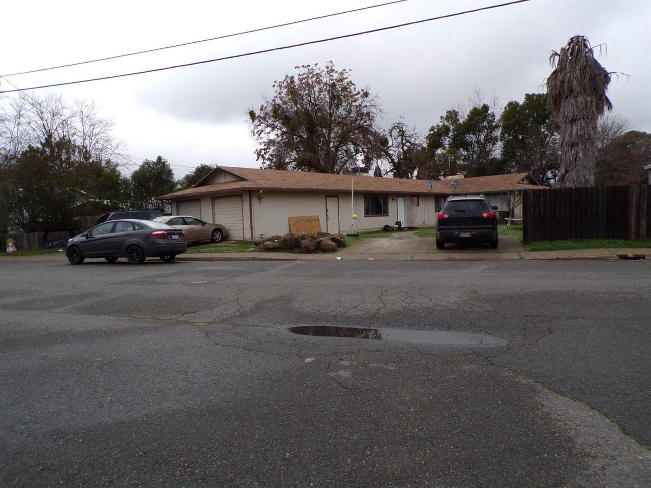 323 Ainsley Avenue - Photo 1