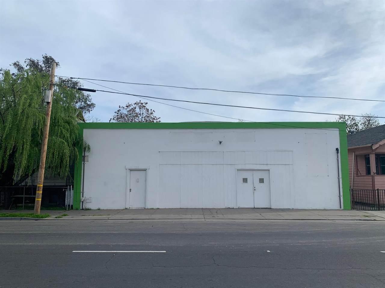732 Lafayette Street - Photo 1