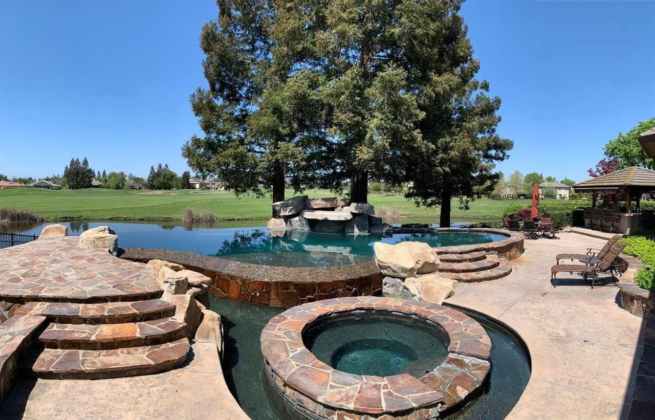 4649 Pine Valley Circle - Photo 1