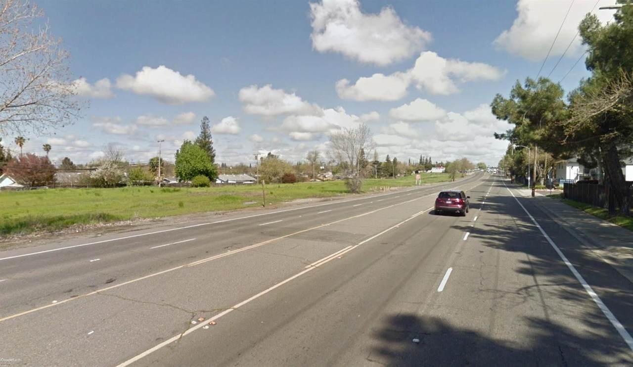 6911 Walerga Road - Photo 1