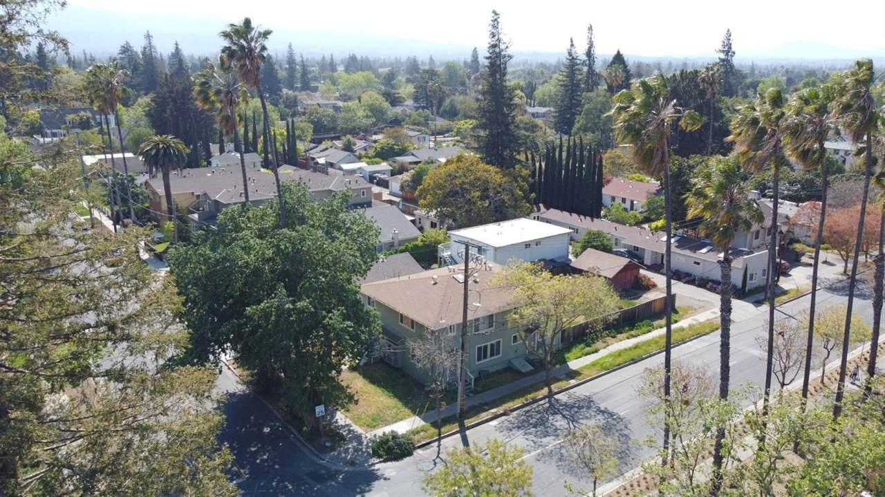 1327 Villa Street - Photo 1